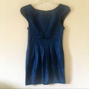 {Banana Republic} 100% Silk Geometric Print Dress